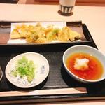 100104810 - 穴子と野菜天ぷら