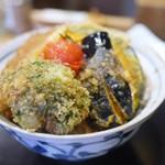 新潟カツ丼 タレカツ - 野菜モリモリ