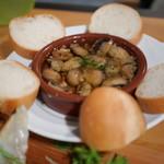 GYOZA BAR Comme a Paris - マッシュルームのアヒージョ