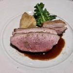 100117161 - 肉料理:猪のもも肉とバラ肉のロースト