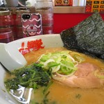 山岡家 - 醤油ラーメン、山岡家商店のスマホケースとパシャリ(笑)