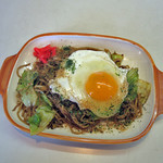 まるちゃん - 料理写真:焼きそばイカ玉子