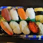 渡辺鮮魚店 - 料理写真:にぎり寿司