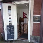 インディーモモ - 店舗入口
