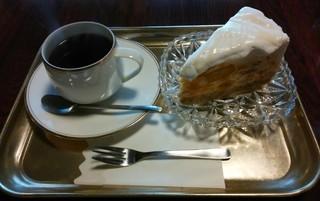 カフェ トリコ - マンゴーケーキ&黒染ブレンド