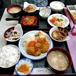 福よし食堂 - 料理写真:日替わり定食(ホタテフライ)&(ハンバーグ)
