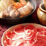 米とサーカス - 料理写真:牡丹鍋は、猪肉の脂が美味です。