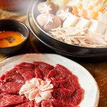 米とサーカス - 青森産最高級の桜肉(馬)使用。精力満点! 吉原で大人気だった伝統料理です。桜鍋.