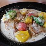 グルグル イタリア食堂 - 鶏もも肉のハチミツソテー