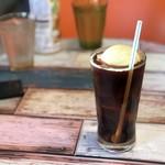 コヨーテ - アイスコーヒー フロートトッピング