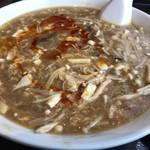 天府城 - 酸辣湯麺
