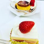 100163987 - ショートケーキ、プリン