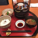 心割烹 さわだ - 料理写真:おまかせ膳。これに出来立ての天ぷら、焼物が付きます。