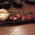 盛蔵 - 鶏刺し4種