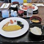 10017596 - 朝食