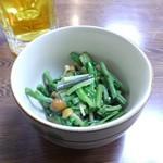 100175324 - 山菜和え物