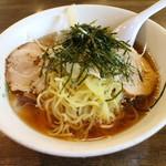 会津喜多方ラーメン蔵 - 冷しスープラーメン(600円、斜め上から)