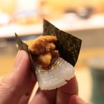 味あら井 - 雲丹、烏賊の海苔巻き