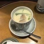 100189819 - 寿司定食の茶碗蒸し!