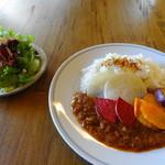 100192660 - 鎌倉野菜のビーフカレー