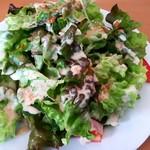 チャドズキッチン - ドリアセット1000円のサラダ