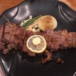 五番屋 - 料理写真:ロースステーキ300グラム