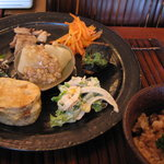 玄米・菜食 花小路 - 選べるメイン、Cのれんこんのはさみ揚げ