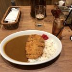 TOM'S CURRY & COFFEE -