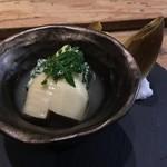 100207001 - 福岡産筍、若芽と帆立のしんじょう