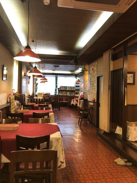 レストラン ナカタ>