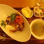 菜食健美 - すき焼き丼キムチセット¥1,300