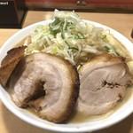 ちばから - 料理写真:らーめん豚1切れ+豚券 「ニンニクネギ」(1,090円)