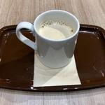 カフェ・ベローチェ - ロイヤルミルクティー 260円