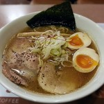アルル - 料理写真:【魚介豚骨らーめん + 煮卵】¥750 + ¥100