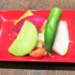 100221810 - 有機野菜のマリネ