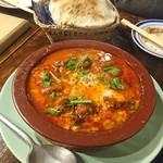 100225646 - スパイシー肉団子、ひよこ豆、半熟卵+ピタパン