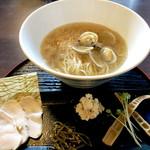 麺処学 - 鮮魚(鯛)白醤油