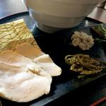 麺処学 - 鮮魚(鯛)白醤油のトッピング別皿