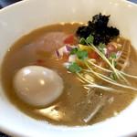 麺処学 - 学ラーメン 醤油  トッピングで 奥久慈鶏卵味付卵