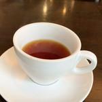 100240416 - ランチのドリンクバーより紅茶