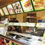 サブウェイ - 【2011-06-18】オーダー&調理カウンター