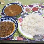イヤマンレストラン - オクラ、チキンのカレー、ライス