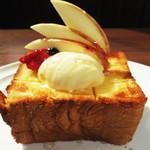 SUNROADKitchen西明石店 - はちみつたっぷりハニートースト 単品500円(税込)