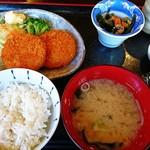 カフェドマデル - 日替わりのクリーミーコロッケ定食(ご飯半分)