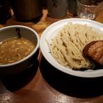 麺屋武蔵 二天 - 濃厚つけ麺930円!