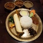 100271021 - ネパールローカル料理セット