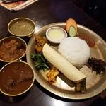 100271023 - ネパールローカル料理セット