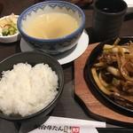仙台牛たん福助 - タレで味付けされた牛タンも美味でした。