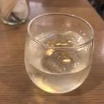 MEGRO Dining - かちわりワイン ¥300