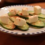 大衆酒場 こうじゑん - チーズの味噌漬け¥400